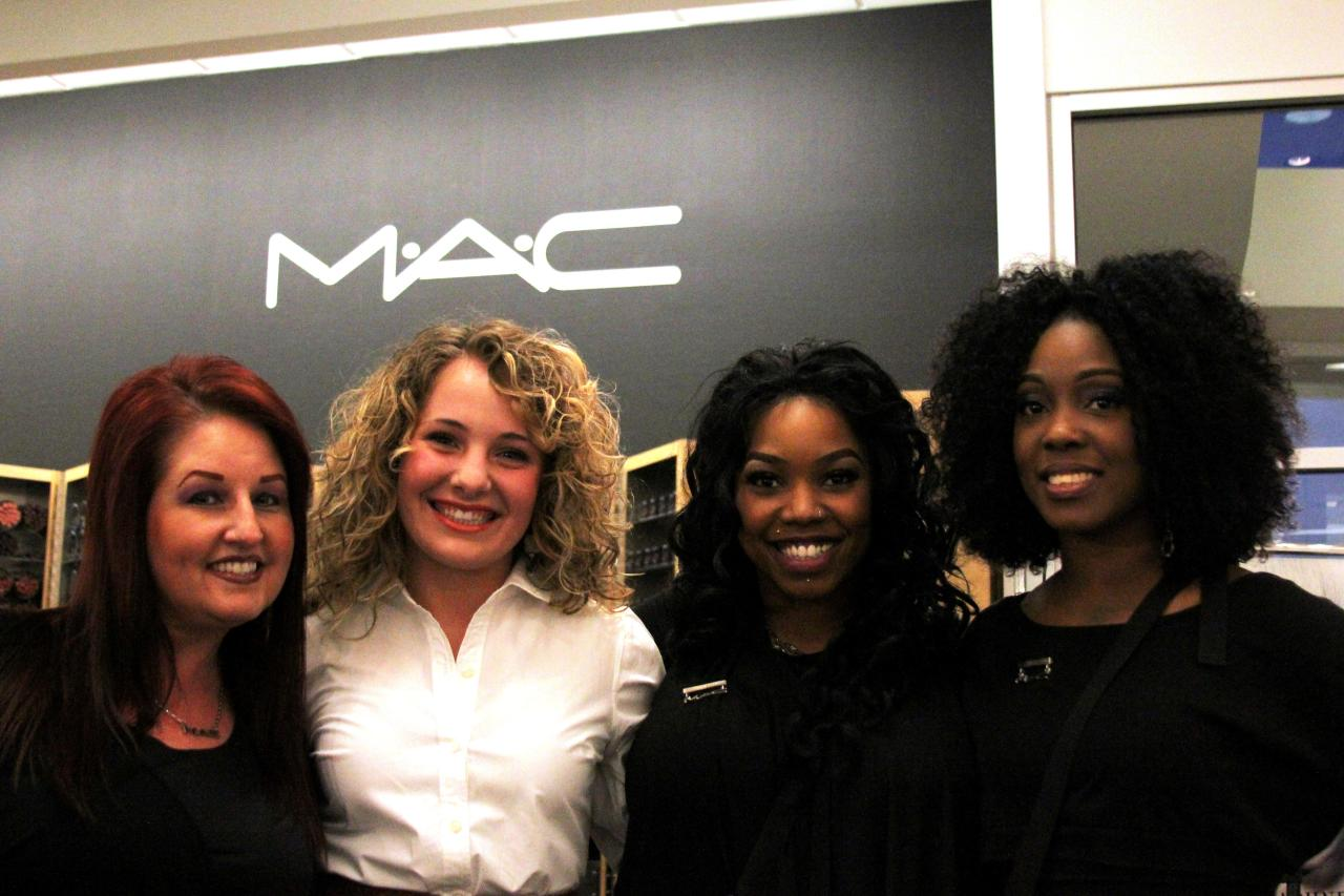 These wonderful MAC make up artists got me all dolled up and looking fabulous for the runway show! Such sweethearts! The VIP does love her MAC makeup:)