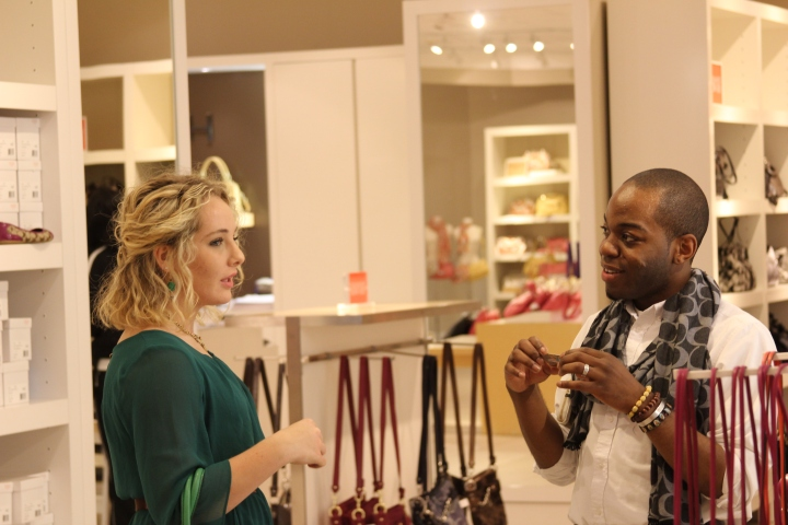 Kennii Stephens (Coach Factory) and I talking fashion and purses at the Shamrocking and Shopping event! Love the scarf he was sporting!