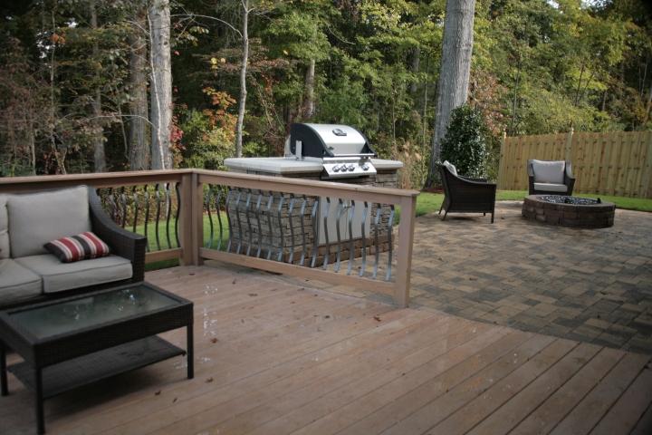 Check out this low-maintenance backyard retreat!