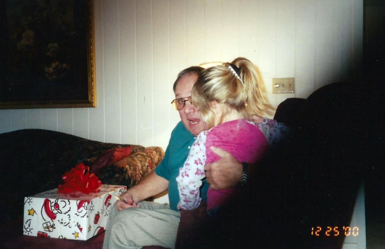 One of the few photos I have with my late Paw Hathorn. I am not going to lie, I teared up a little bit when I stumbled upon this picture in my mom's photo boxes.