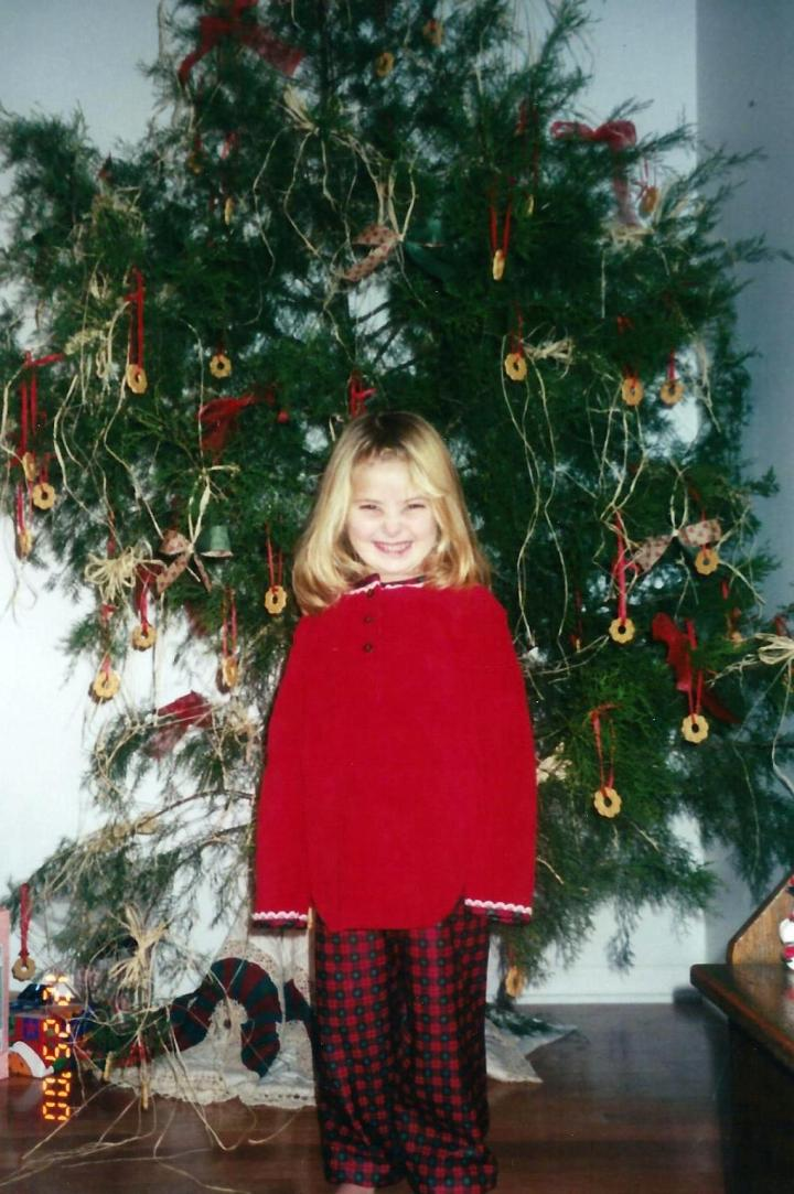 We had a real Christmas tree once...once (we have allergies *wink*). We adorned it with vanilla-ring cookies!
