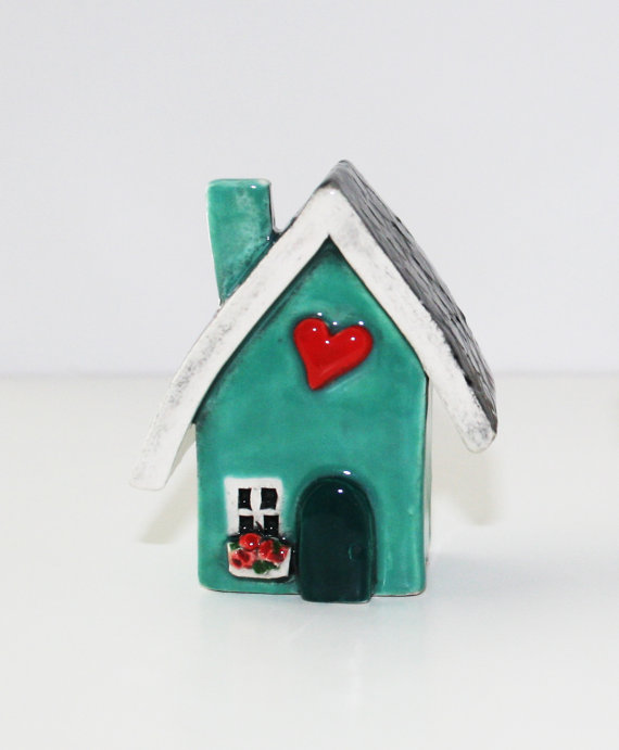 Heart Homes: click here to shop. AWH! It's a teeny-tiny art piece of the little blue house I hope to own one day. Dear Santa, I need this!