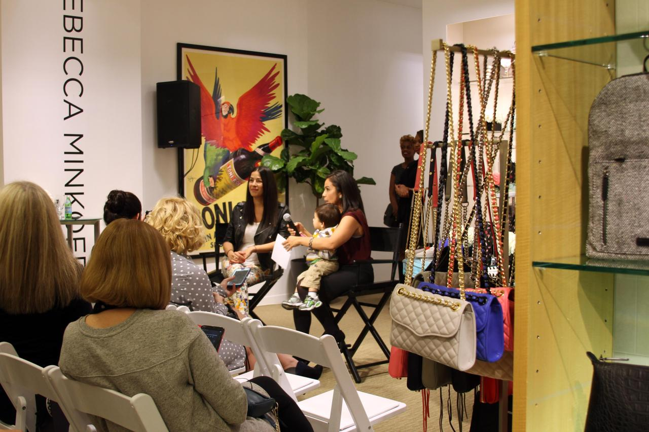 The blogger Q&A with Rebecca Minkoff was kicked off by Bertha from Chic in Academia with questions bloggers sent in prior to the event. NOTE: B did such a great job juggling her toddler (who did not have a babysitter for the evening *sad face*).