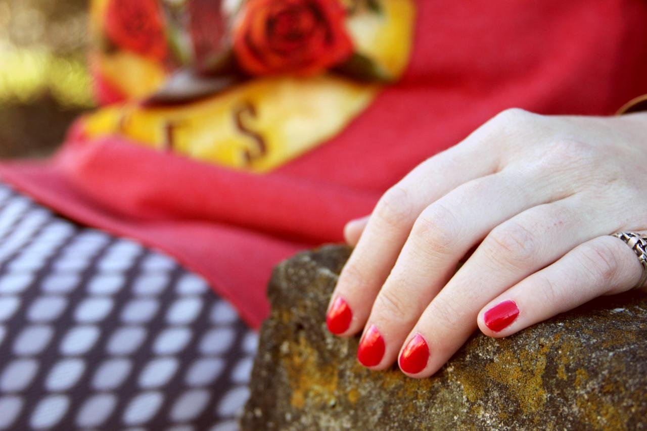 "The VIP sporting Drip Drop Nail Paint's ""Emily Ellyn's Retro Rad Red"" nail color! ALSO...speaking of Emily Ellyn, my fabulous vintage ""sister"" won Food Network's Cutthroat Kitchen! AH! The VIP is so happy for her :) Check out the VIP's interview with the star here."
