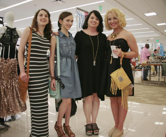 AH! The VIP with the fabulous lady behind Luke & Lyla Designs and her daughters Alison Aughtman (standing next to VIP) is such a wonderful artisan, and I feel so humble to meet her! Check out that FABULOUS handmade clutch! Stay tuned to the blog on Wednesday and Thursday for a CLOSER look at its awesomeness *wink* Check out Luke & Lyla Designs here!