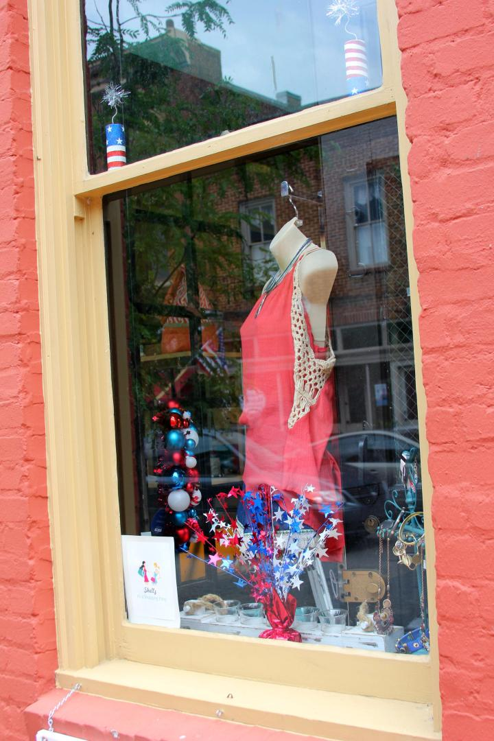 Shellz store window in downtown Jonesborough, Tennessee.