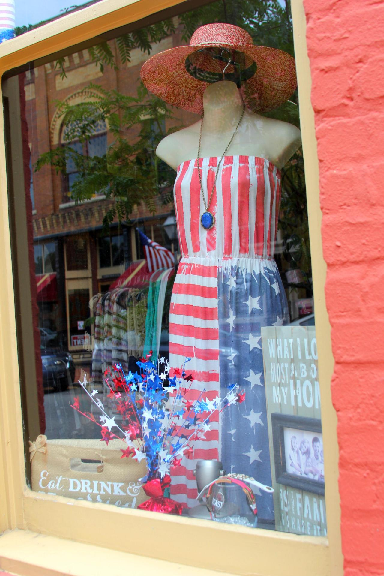 Shellz store window in downtown Jonesborough, Tennessee.