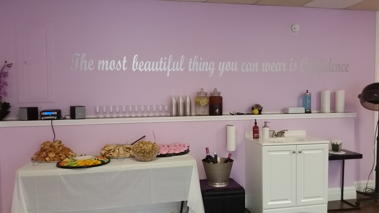 Love the quote that adorns the wall at Courtney's salon! This lovely quote can be seen as soon as you walk through the door!
