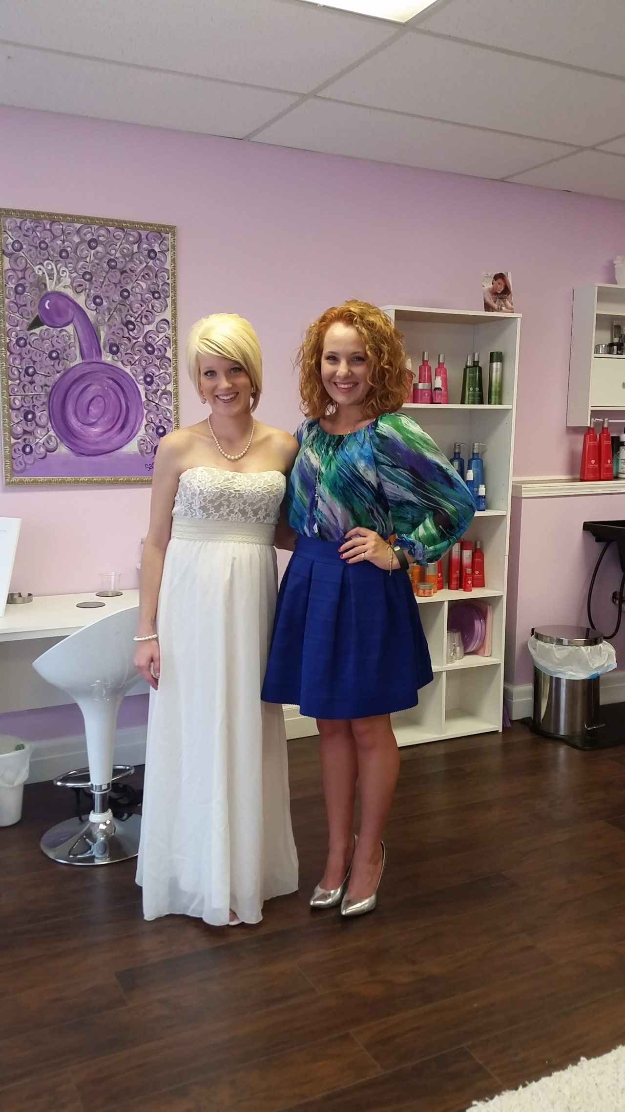 The VIP with salon owner Courtney Bennet. Isn't her dress FABULOUS?!