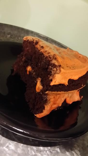 Individually sliced, the cake doesn't look as shameful *wink*